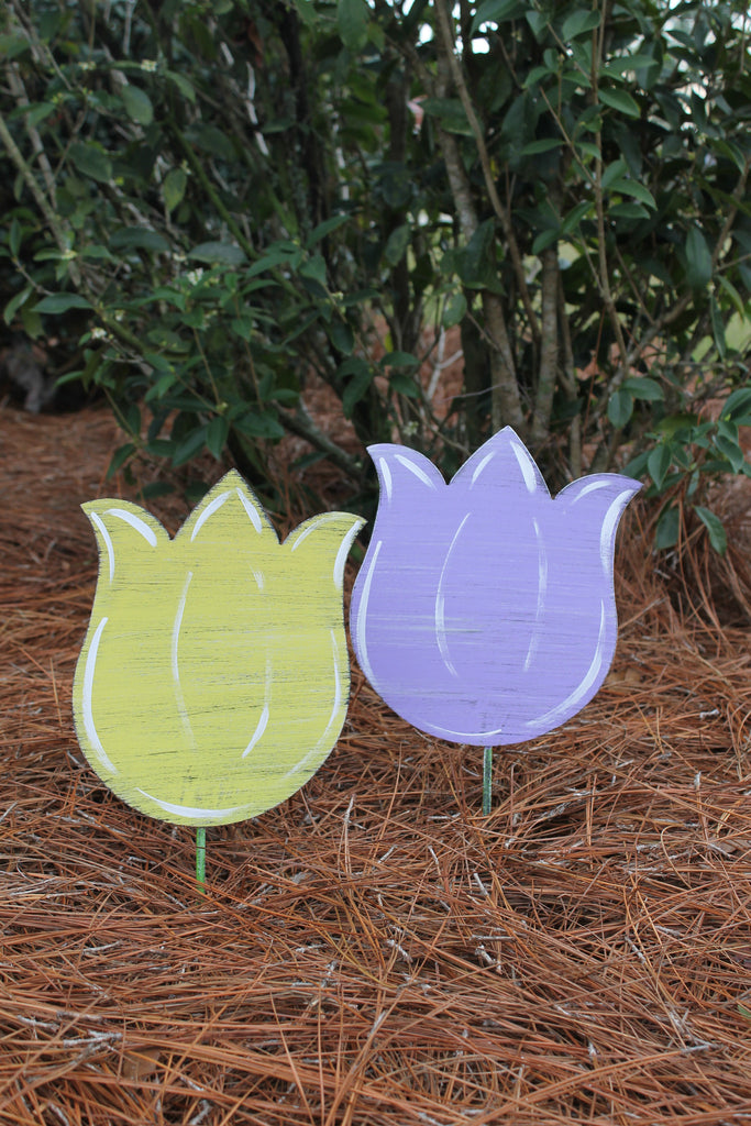 "10"" Tulip yard stakes more colors available"