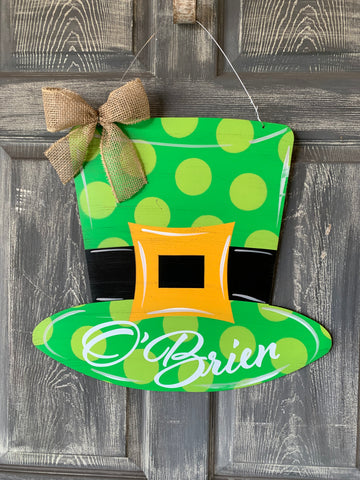 "St Patrick Day Hat 18x20"" door hanger or yard stake"
