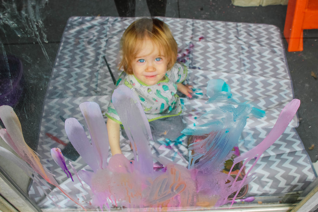 Washable Window Painting - Sensory Play with Angela of @runlikekale