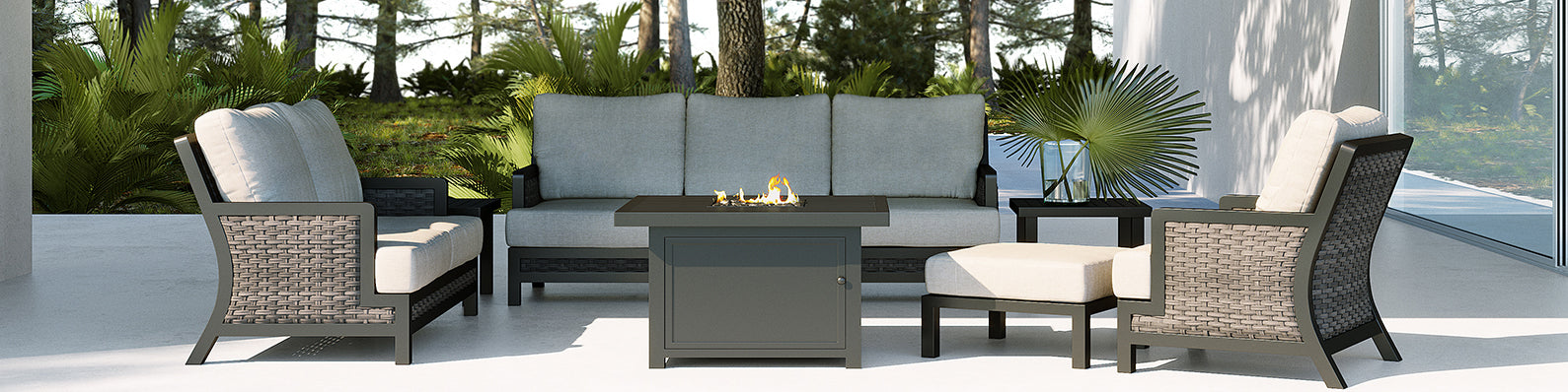 Outdoor Seating, Sofas & Sectionals