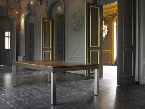 Fusion Dining & Billiard Table