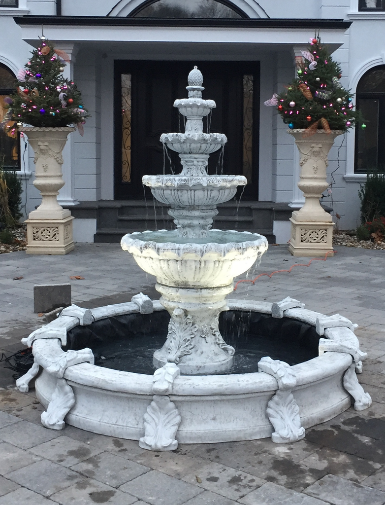 Photo of 4 Tier Fleur Fountain in Basin  - Marquis Gardens