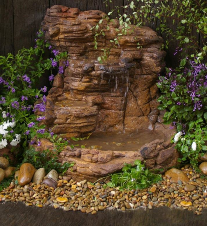 Photo of Wall Waterfall Pond WWP-008 by Universal Rocks  - Marquis Gardens