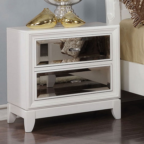 Golva Nightstand, White