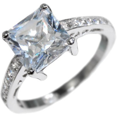 2.59CTW PRINCESS CUT BRILLIANT - ENGAGEMENT RING size 5-9