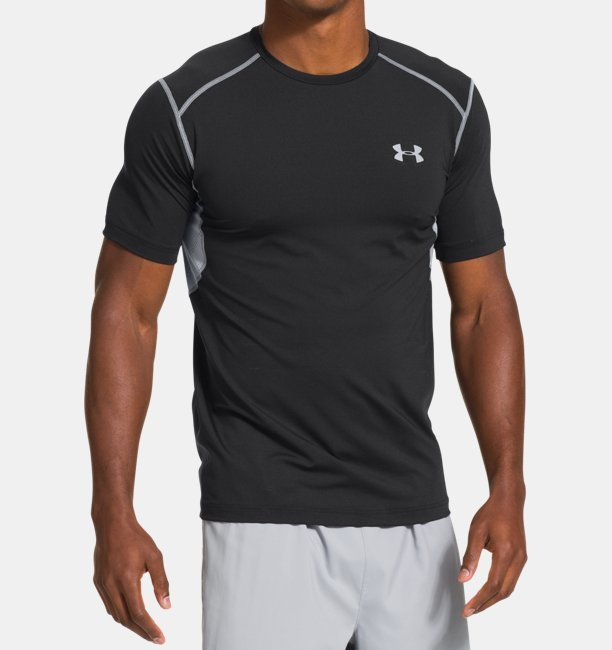 Under Armour Men's UA HeatGear ArmourVent Perf Fitted T-Shirt Size L