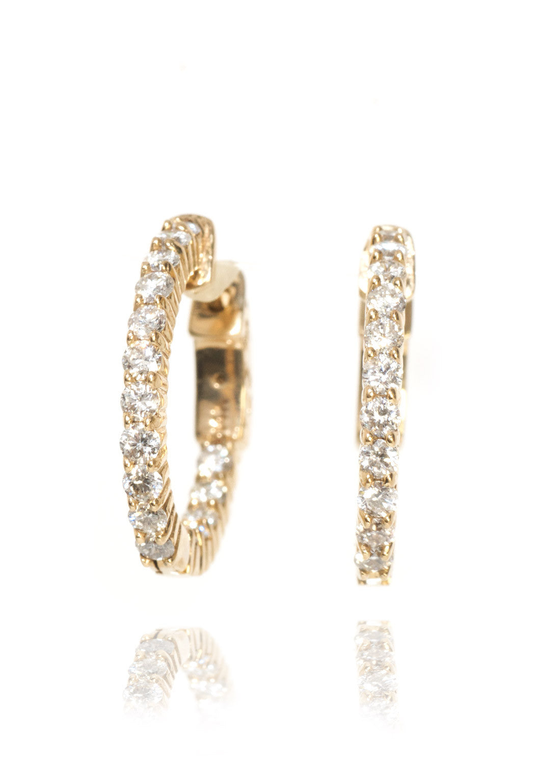 Oster Diamond Hoop Earrings in Yellow Gold