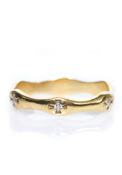 Arman Pinched Yellow Gold & Diamond Band