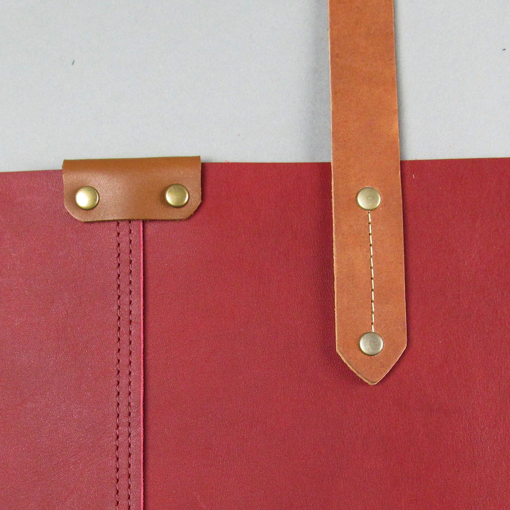 Basic Shoulder Bag - Cardinal