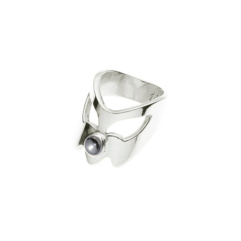 Coyote Uni Ring | Hematite with Sterling Silver