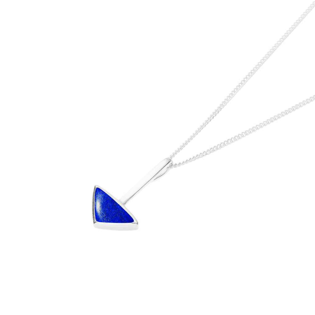 En Tribe Necklace in Sterling Silver & Lapis