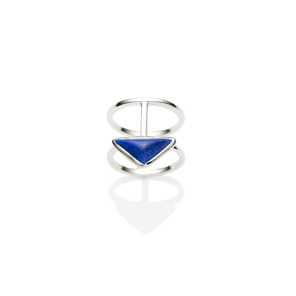En Tribe Ring in Sterling Silver & Lapis