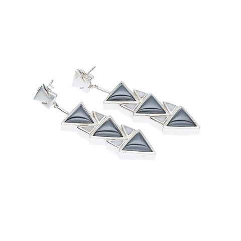 Spearhead Earrings in Sterling Silver & Hematite/White Agate