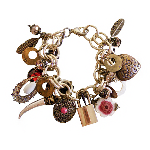 Charmed: Zingaro, Bracelet, Tinka the Label