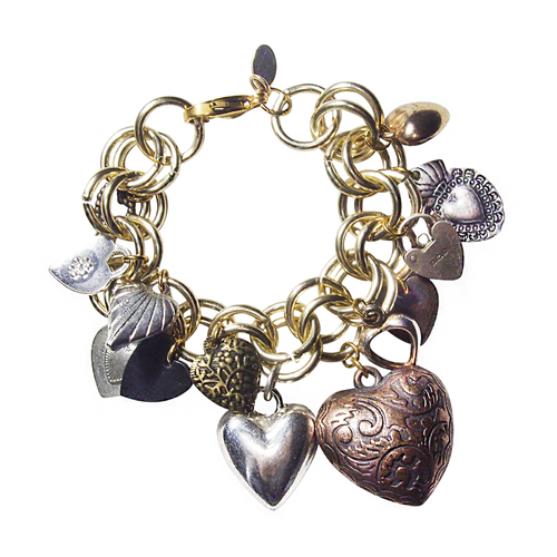 Charmed: All You Need Is Love, Bracelet, Tinka the Label
