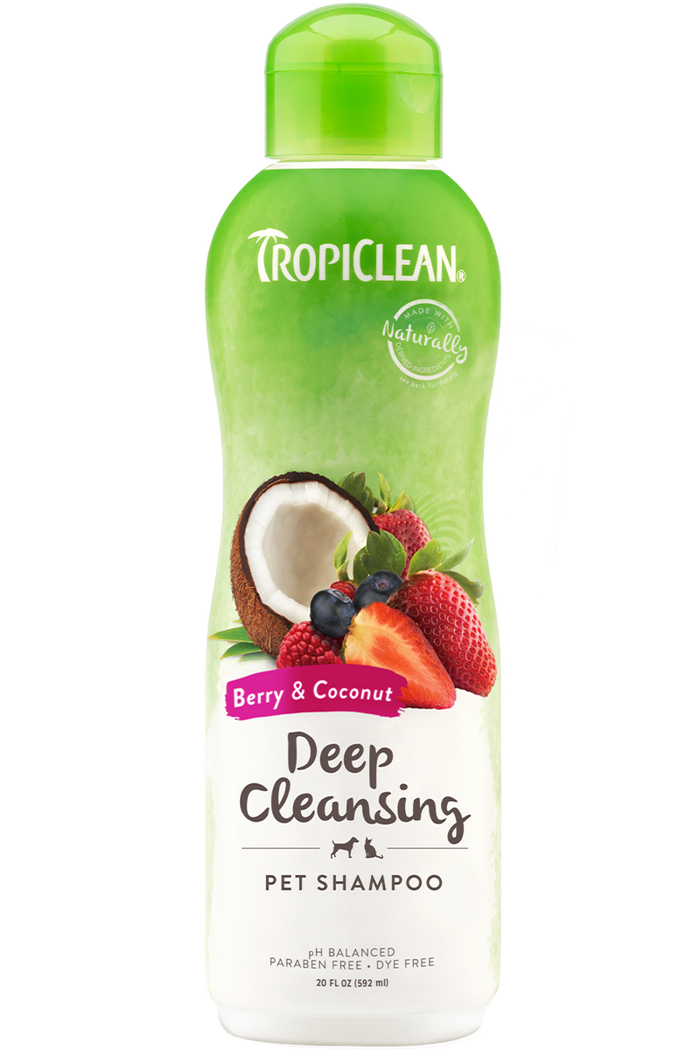 TropiClean Berry Clean Deep Cleaning Shampoo