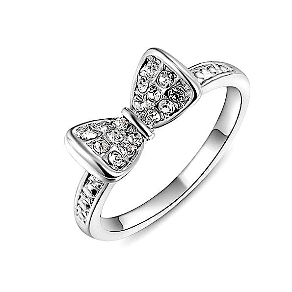 Women Round Crystals White Ring