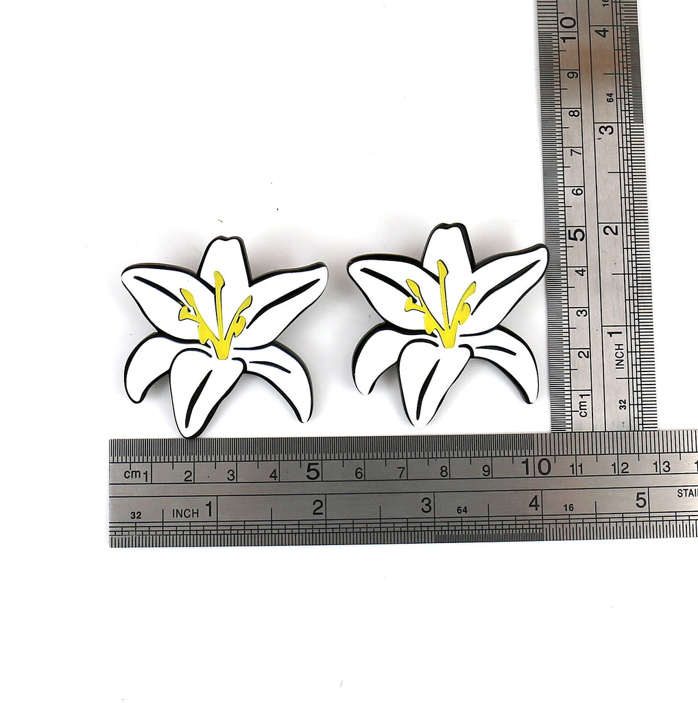 Flower Acrylic Stud Earrings