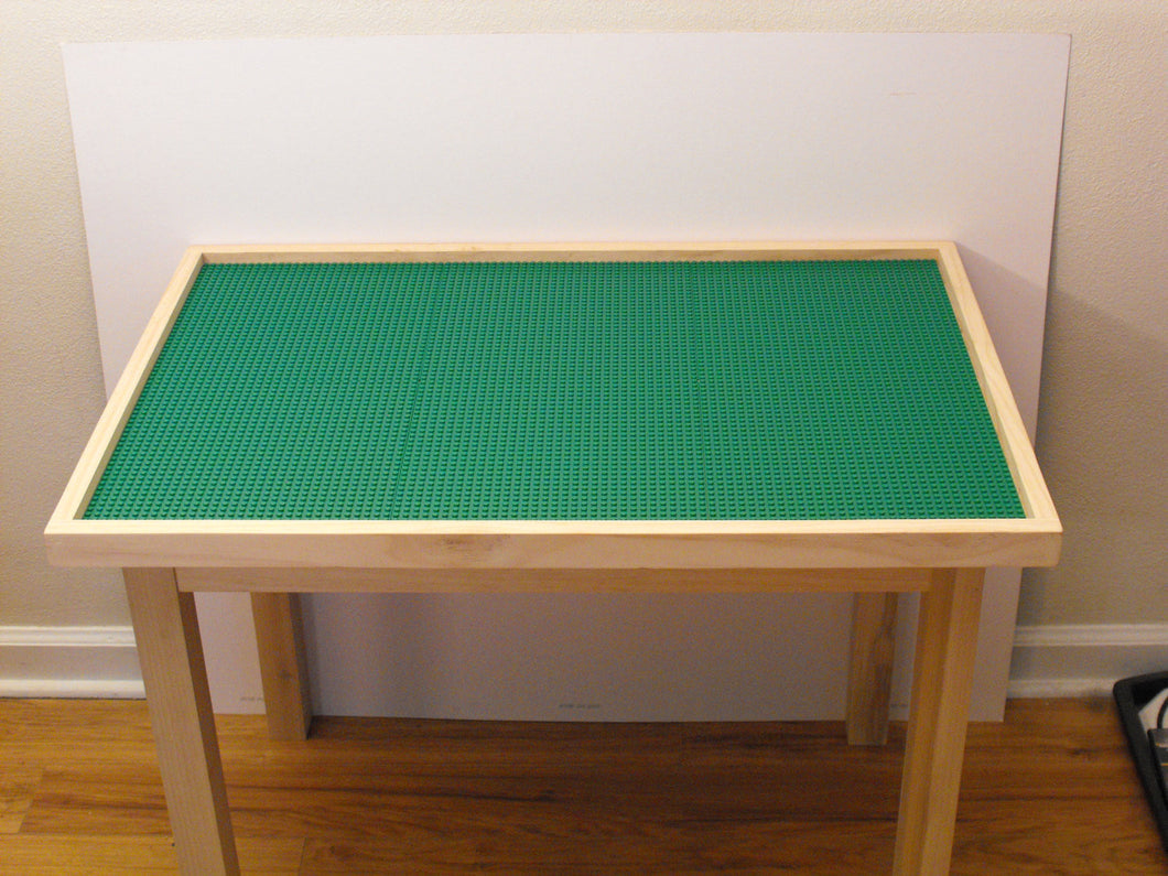 Extra Large Building Block And Activity Table With 8 Plates And Tall 29 Inch Legs