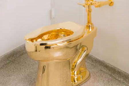 The Guggenheim Offers The White House A Gold Toilet
