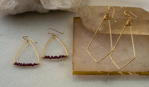 Load image into Gallery viewer, Emery Earrings