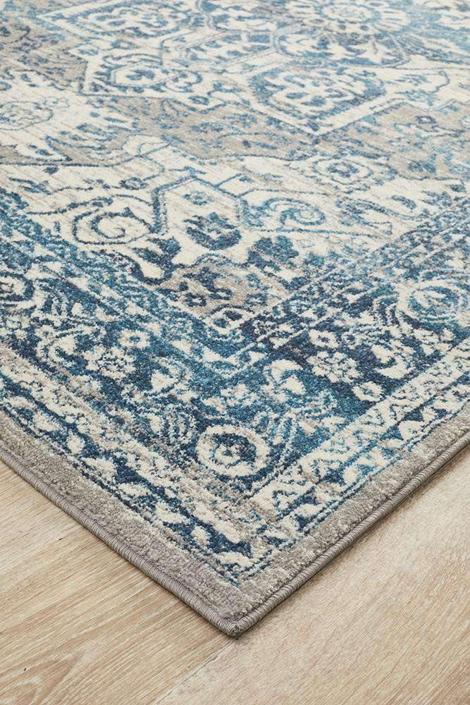 Julian Traditional Rug - Simple Style Co