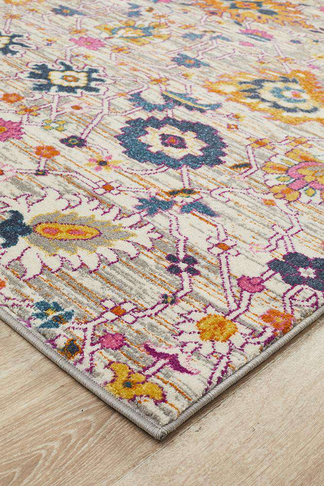 Lisse Traditional Rug - Multi - Simple Style Co