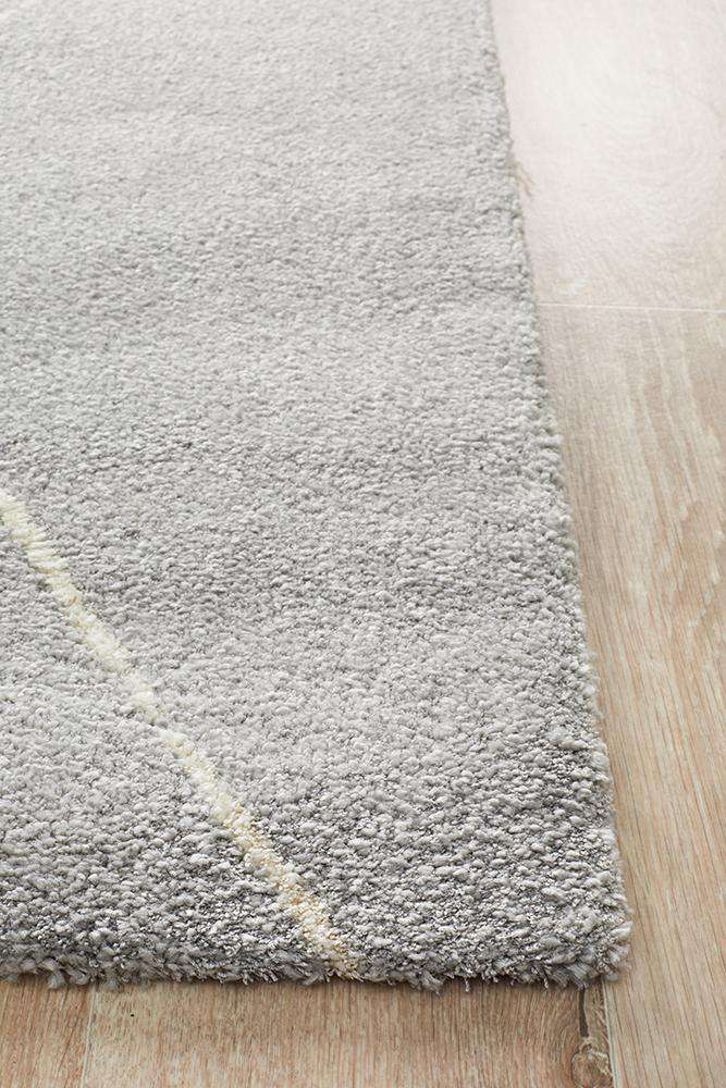 Manhattan Diamond Rug - Silver