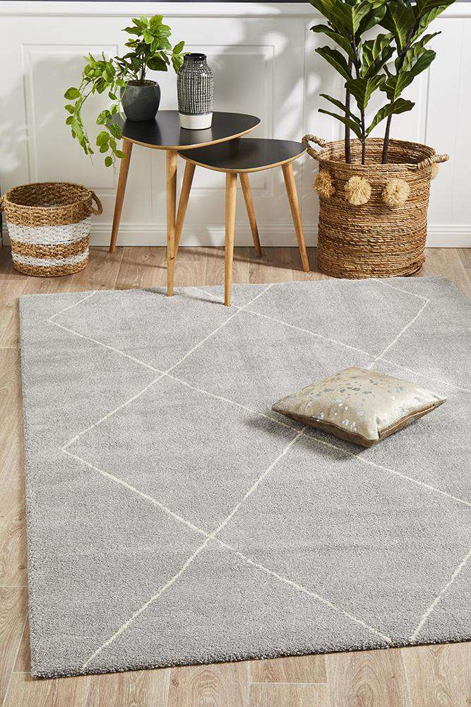Manhattan Diamond Rug - Silver - Simple Style Co