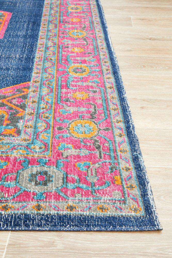 Edessa Traditional Rug - Navy
