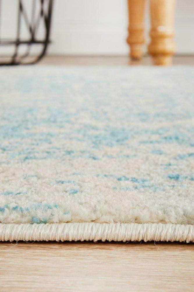 Valiente Transitional Runner