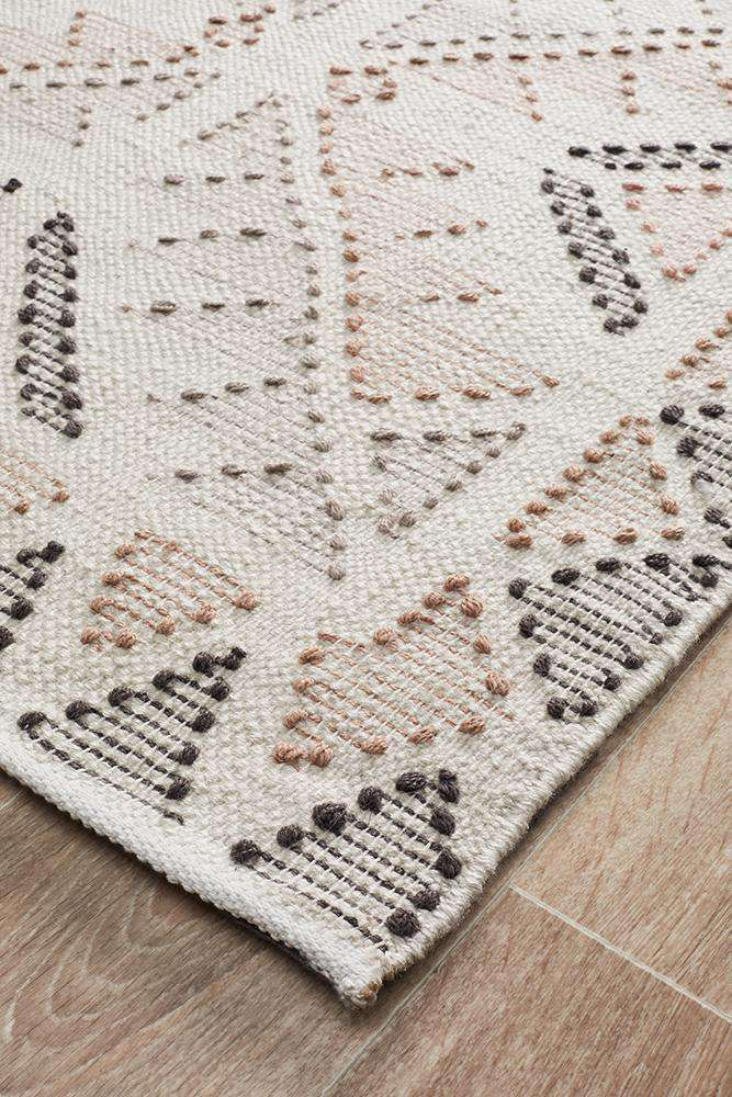 Vidya Rug - Peach - Simple Style Co