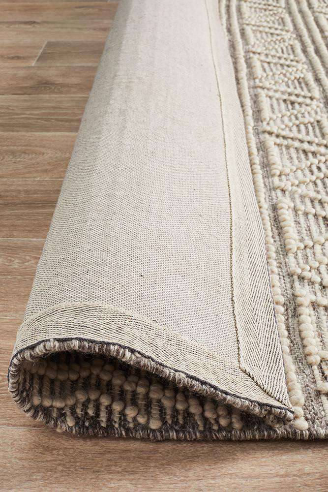 Esha Woven Tribal Rug - Natural