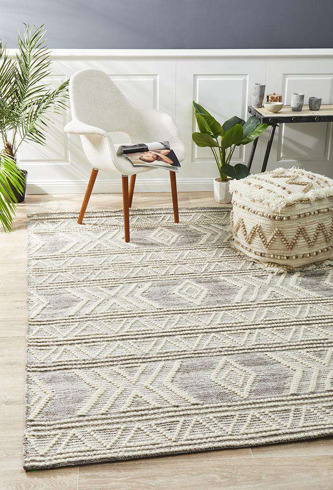 Esha Natural Tribal Wool Rug - Simple Style Co