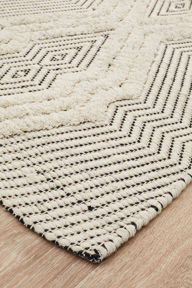 Mandvi Ivory Textured Tribal Rug - Simple Style Co