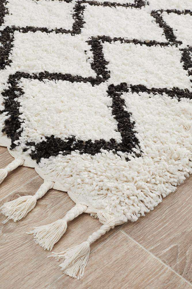 Fleur White Fringed Hallway Runner - Simple Style Co