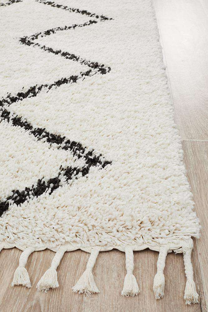 Fleur White Fringed Rug - Simple Style Co