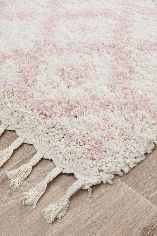 Saffron 33 Pink Runner Rug - Simple Style Co