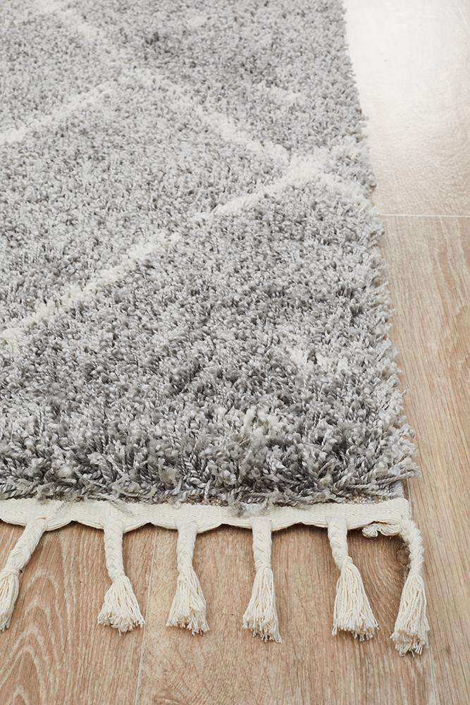 Nahla Fringed Tribal Rug - Silver - Simple Style Co