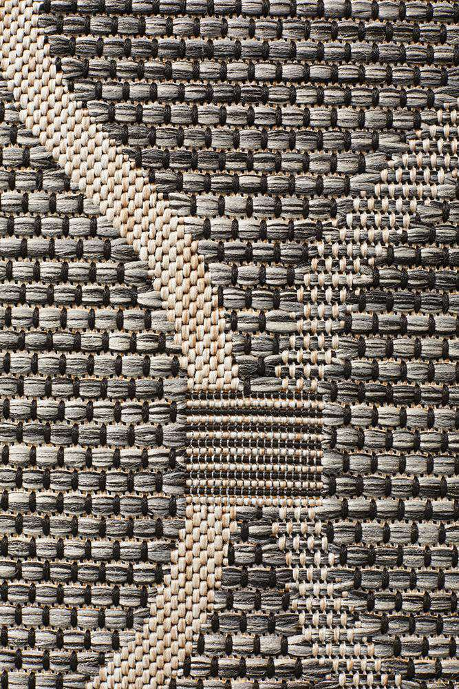Kavala Outdoor Rug - Black - Simple Style Co