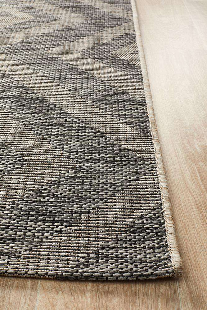 Piraeus Outdoor Rug - Black - Simple Style Co