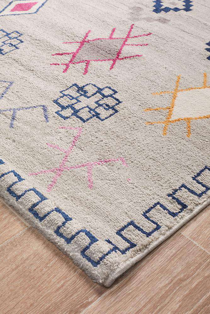 Simple Style Co: Paisley Oriental Rug | Shop Rugs Online Australia