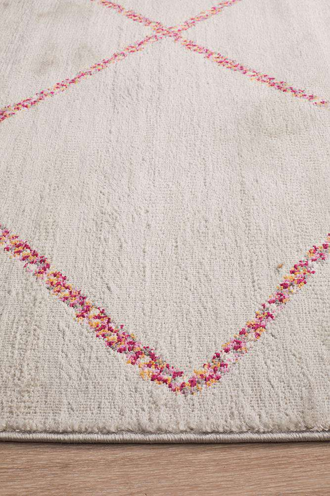 Florentin Grey & Pink Diamond Rug - Simple Style Co