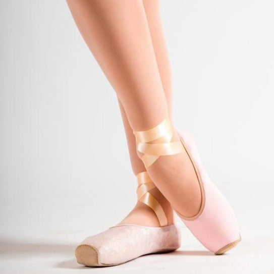 PW POINTE SHOE COVER