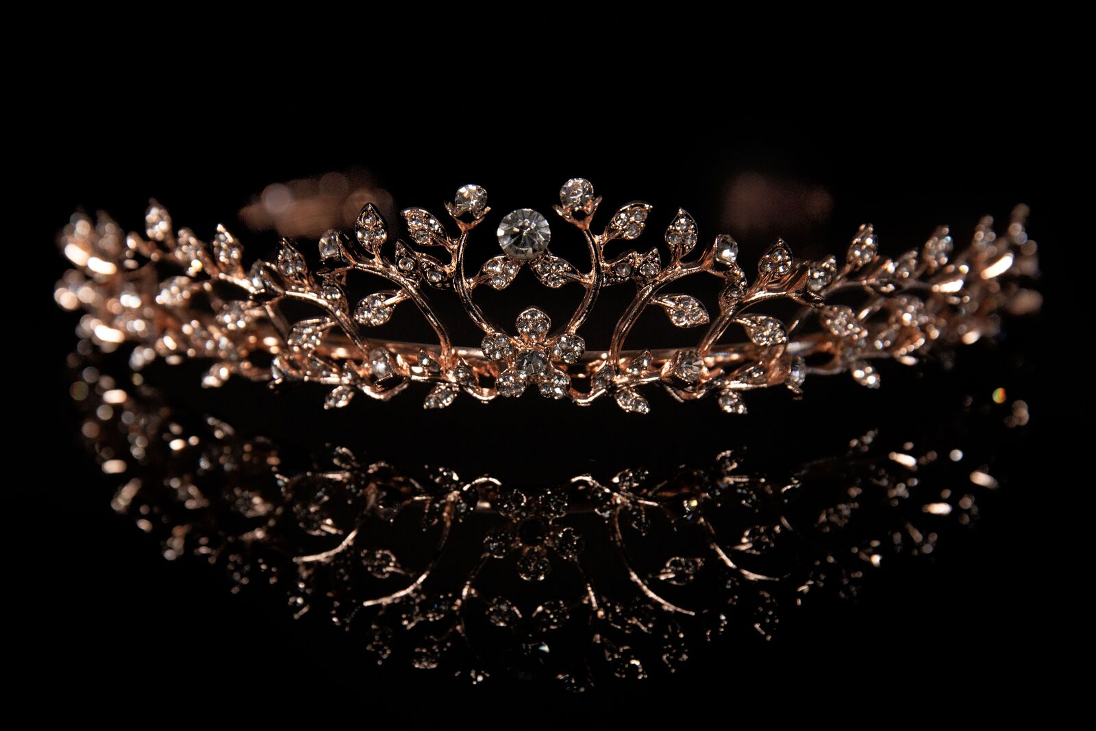 MAD ALLY ALYSSA TIARA ROSE GOLD H40866