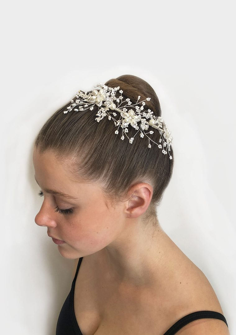 STUDIO 7 WINTER SPARKLE HAIRPIECE HP07-PW