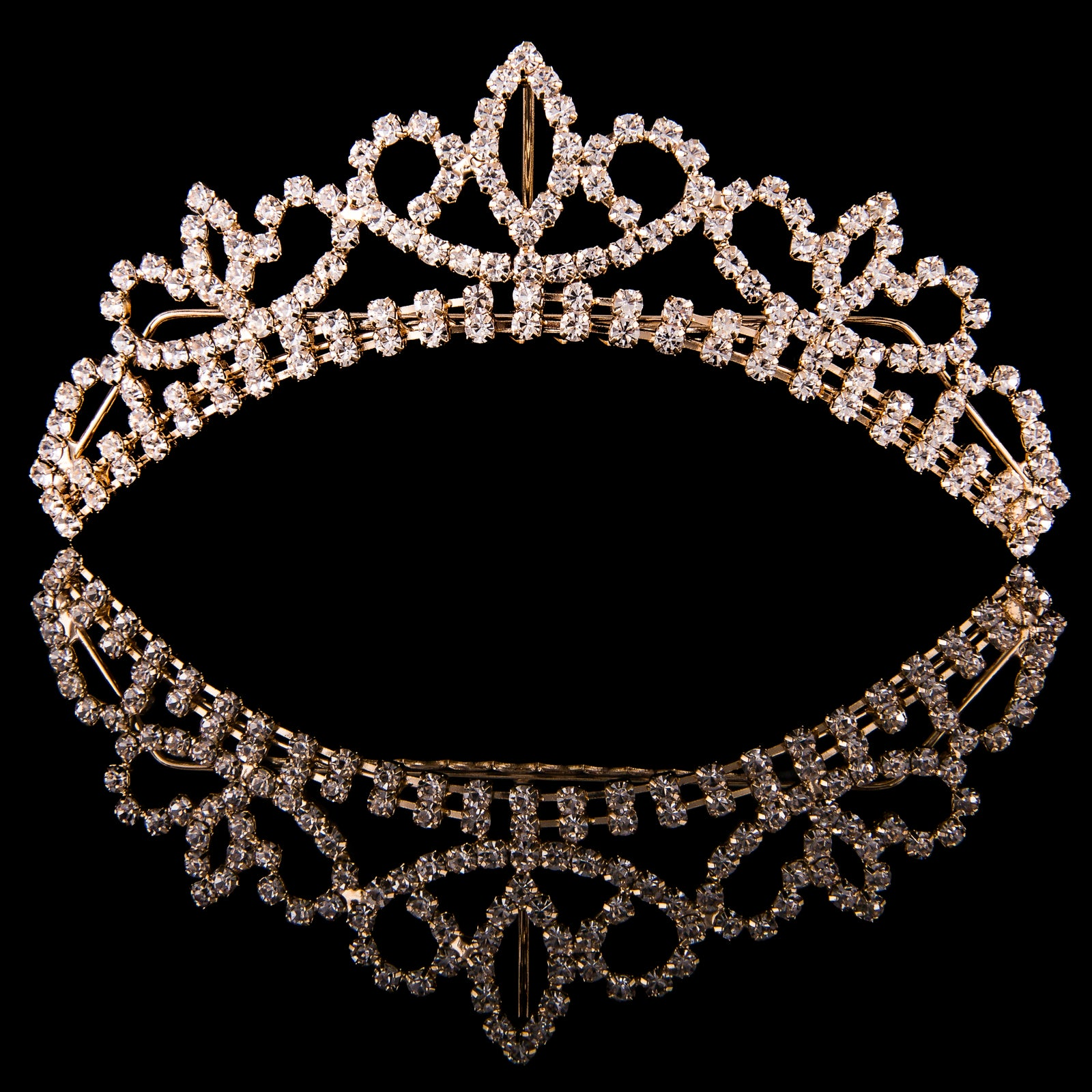 MAD ALLY MEDIUM CRYSTAL TIARA H40390