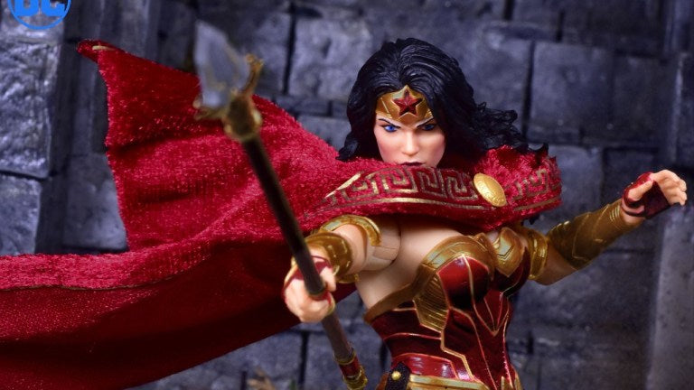 Mezco One:12 Collective DC Wonder Woman Promo Images and Pre-Order