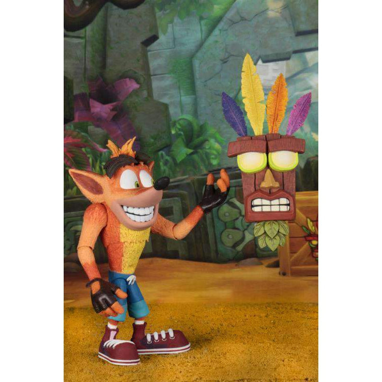Crash Bandicoot Ultra Deluxe Crash Figure With Aku Aku Mask