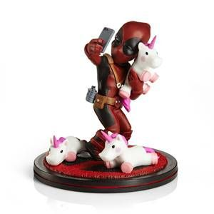Deadpool Unicorn Selfie Diorama Q-Fig - JULY 2020